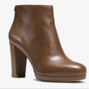 Michael Kors brown leather high-heel booties 51/2